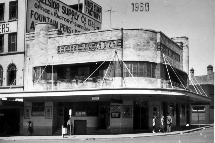 Broadway Hotel Sydney Chippendale 1960 anu