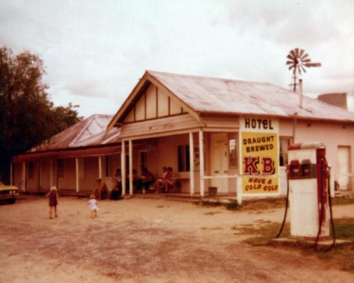 Post Office Hotel Ulan NSW 1970 colour ANU