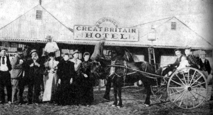 The Great Britain Hotel Cue(