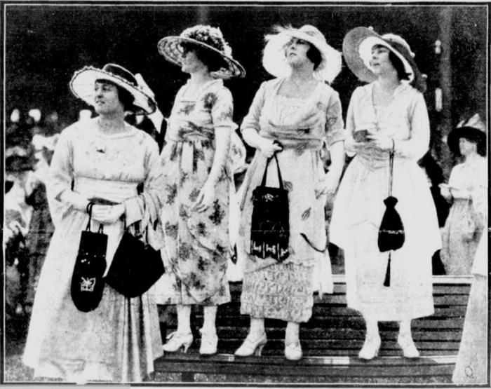 Randwick fashions a 1919