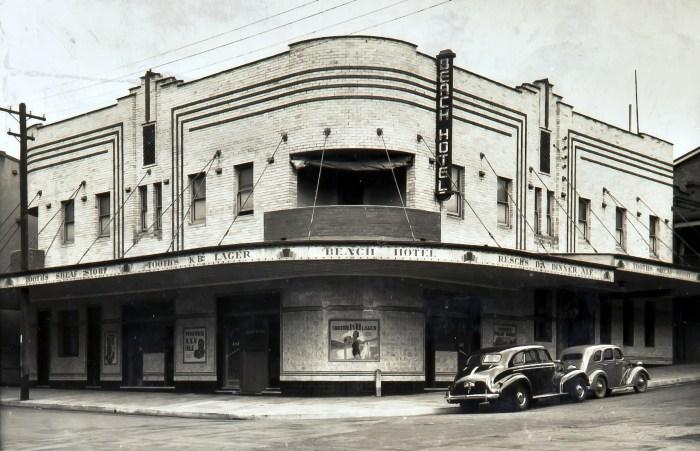 Beach Hotel Newcastle 1940 anu
