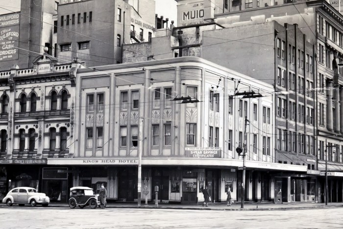 Kings Head Hotel corner Elizabeth and Parks Streets Sydney 1949 ANU
