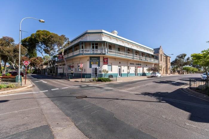 Flinders Hotel G