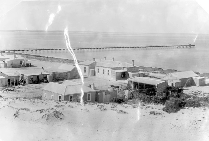 Fowlers Bay 1909 State LIbrary of South Australia.jpeg