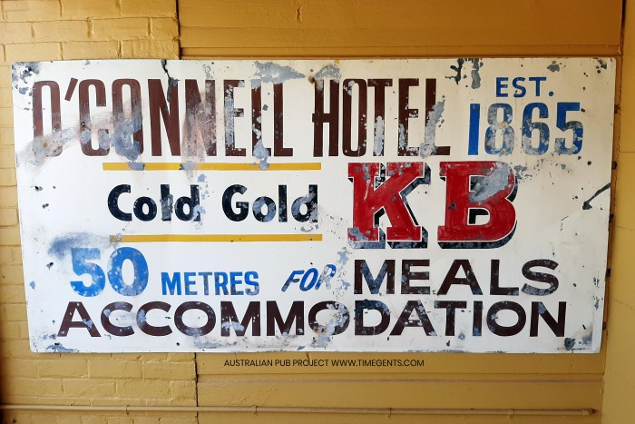 Oconnell hotel oconnell nsw sign TG W