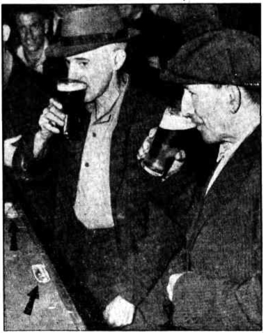 Stan Warren and Roly Collins at the Commodore Hotel Sydney January 1947