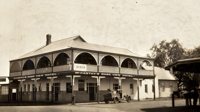 Waggon Wheels Hotel St Marys NSW October 1930 NBA ANU