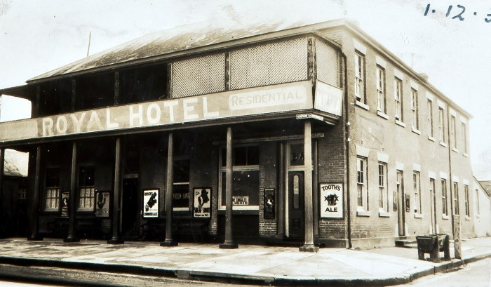 Royal Hotel Richmond NSW Dec 1935 NBA ANU
