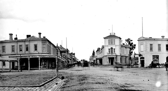Nolan Junction Hotel St Kidla State LIbrary of Victoria 2