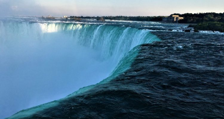 Niagara Falls: The Horseshoe Falls