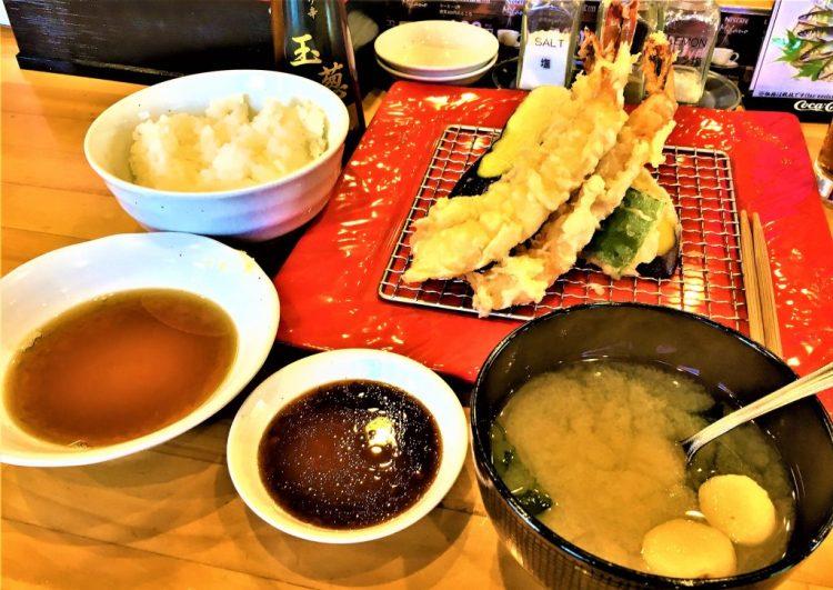 Idaten, Lake Kawaguchiko - Best value tempura meal I'd ever tasted!