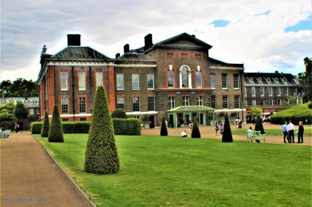 Kensington Palace. One of the Royal Palaces visited in #3 MyCityMyTown Appreciating London Series - Royal Palaces and Royal Parks