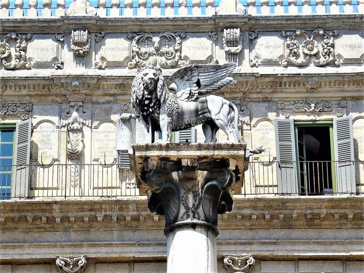 St Marks's Lion, Piazza delle Erbe, Verona