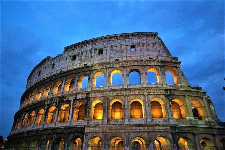 Italy.Rome.Collosseum   Charming City London