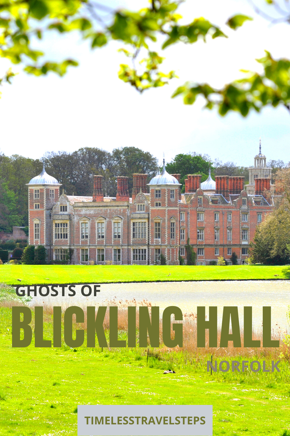 Blickling Hall, popular throughout the year and more so around May 19 each year as visitors try to get glimpses at the ghosts of Blickling Hall via @GGeorgina_timelesstravelsteps/