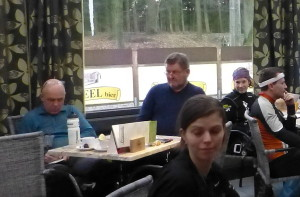 Koffie! Henk had alweer zin in 'n Belgische wafel.