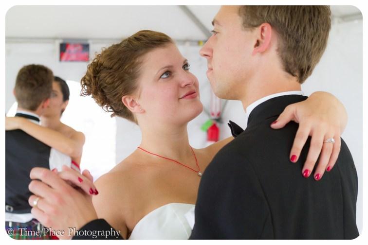 2011-06-18-1157-Courtney-Chapman-and-Robert-Pomeroy