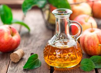 Apple cider vinegar uses and benefits. How to use apple cider vinegar for skin and hair. healthy benefits of apple cider vinegar