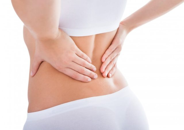 Back pain massage with Vaseline. Use Vaseline to relieve back pain and know 40 more easy use of Vaseline. Vaseline benefits for body.