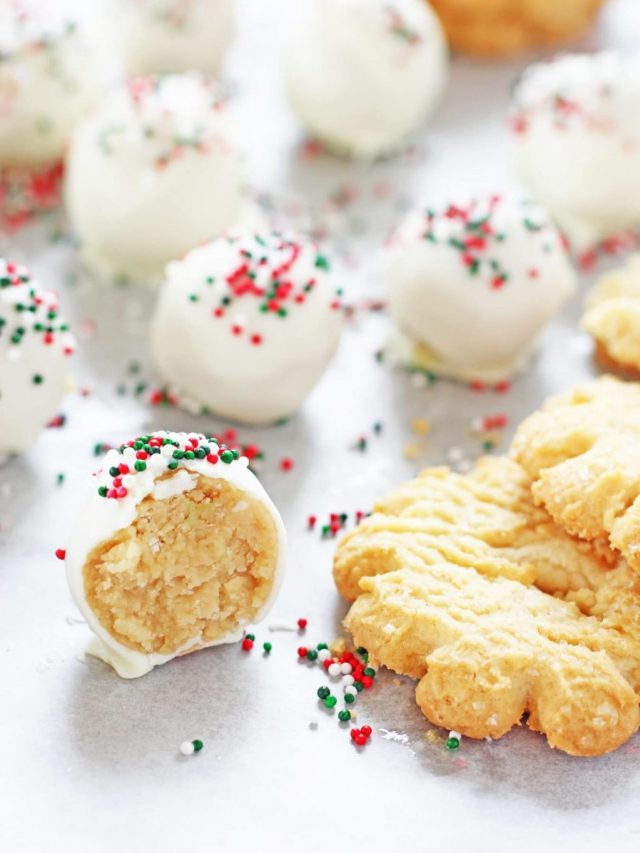 Sugar cookies truffles for Christmas. Yummy and delicious cookies for Christmas and festivals.