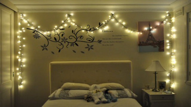 Decorating with Christmas lights in bedroom Ideas. Christmas room decoration. idea with fairy lights.