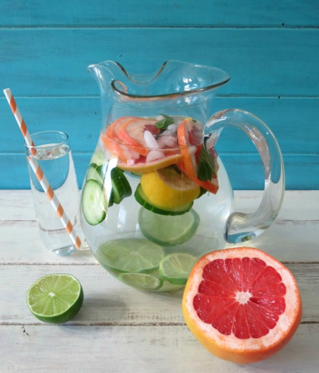 Grapefruits, Cucumber, Lemon, and Mint-Detox-Water. Detox water recipe for clear skin and weight loss. Detox water for weight loss.
