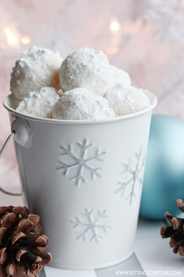 Snowball cookie recipe for Christmas. Make your Christmas tastier and healthier with these amazing 15 recipes.