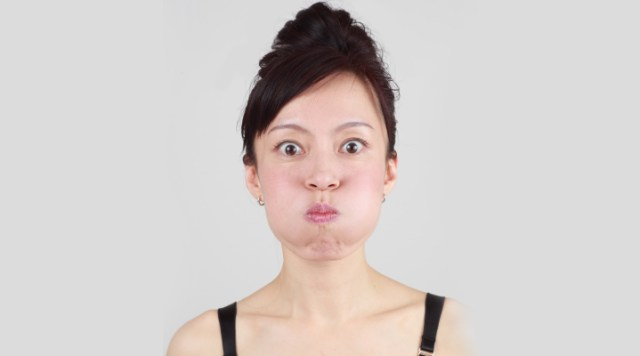 if you want round bubbly chubby cheeks, then try this facial yoga to firm cheeks and to reduce laugh lines. Find 7 Facial yoga exercise for beauty.