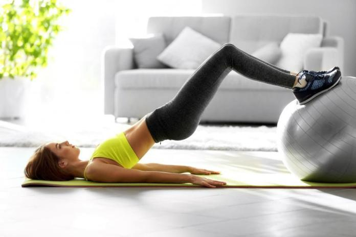 Start your morning workouts routine with new energy. Easy morning workouts routine for beginners.