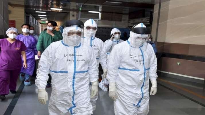 Union Health Minister Harsh Vardhan visits AIIMS Trauma