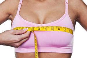 Young women prefer larger boobs than high IQ