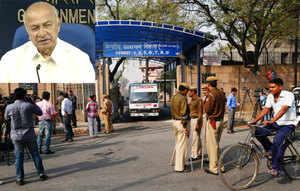 Delhi gang-rape accused Ram Singh's death a security lapse: Shinde