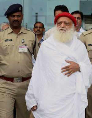 Girl's father threatens fast-unto-death if Asaram is not arrested