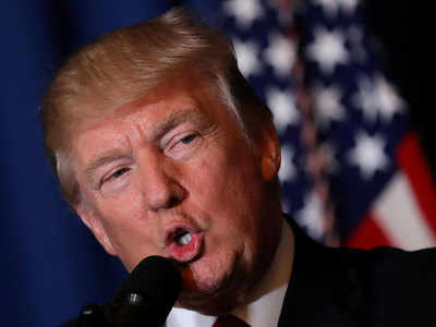 US President Donald Trump delivers a statement about missile strikes on a Syrian airfield, at his Mar-a-Lago estate in West Palm Beach, Florida, U.S., April 6, 2017. (Reuters photo)