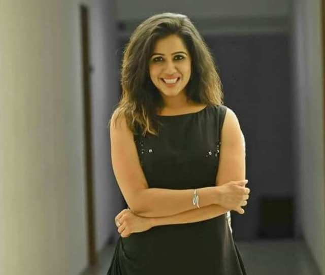 Bigg Boss Malayalam Evicted Contestant Ranjini Haridas Is Back With A Bang Watch The Video