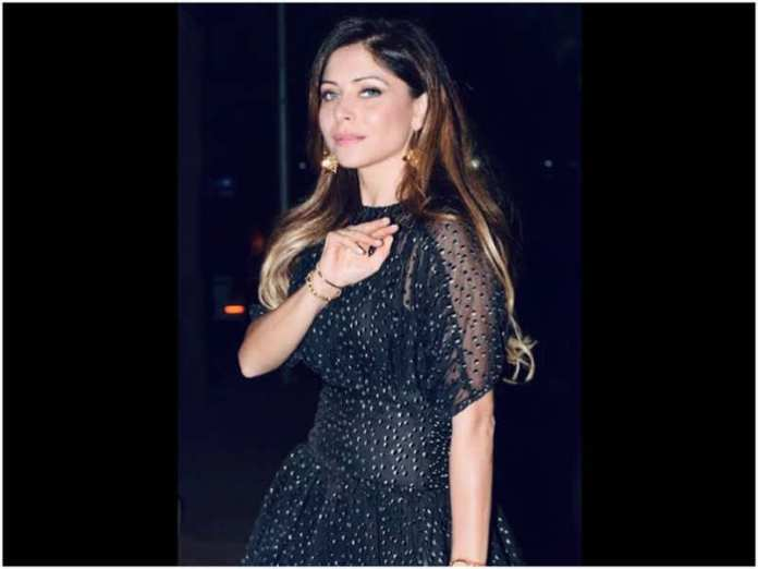 Bollywood Singer Kanika Kapoor tests positive for COVID-19 again