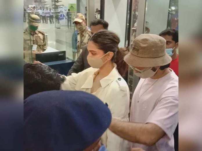 Photo: Deepika Padukone and Ranveer Singh arrive at Goa airport, en route Mumbai