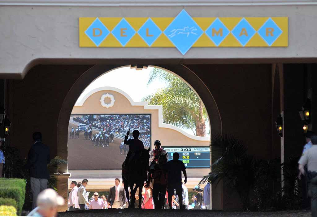 Opening Day at Del Mar in 2015
