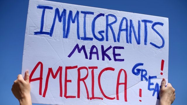 Immigration sign at the Mexican border