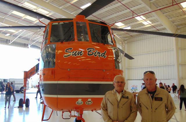 Erickson Aircrane Sun Bird and its pilots