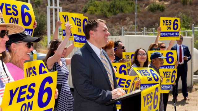 Carl DeMaio with Proposition 6 supporters