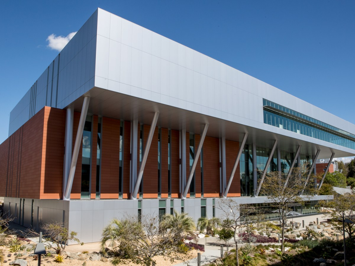 The outside of the $67 million Palomar College Library is shown on Feb. 16, 2019. (Megan Wood/inewsource)