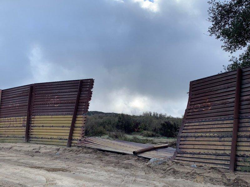 Broken border fencing in Campo