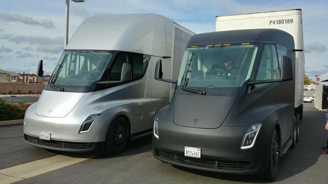 Prototype semi trucks from Tesla