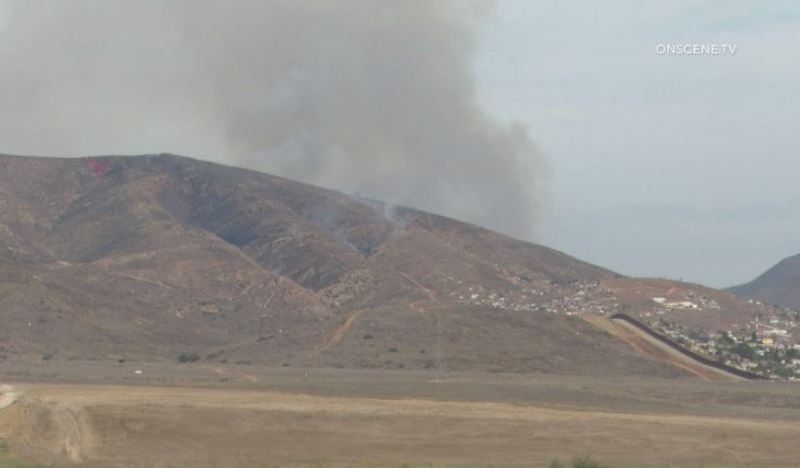 Smoke from Border 10 fire