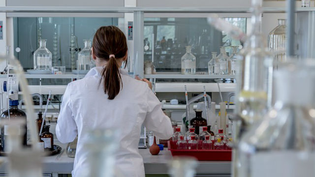 Researcher in medical laboratory