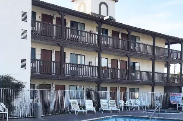 EZ-8 Motel to be converted into housing