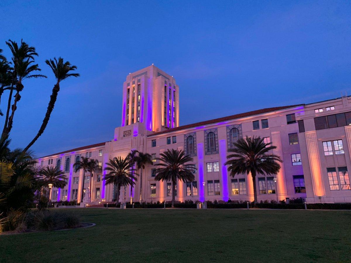 County Building honors Kobe Bryant