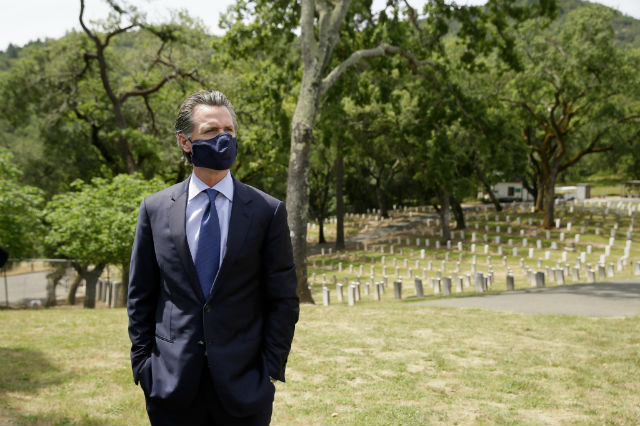 Gavin Newsom in a face mask