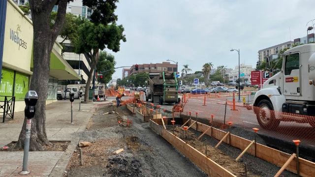 Bikeway construction on Fifth Avenue